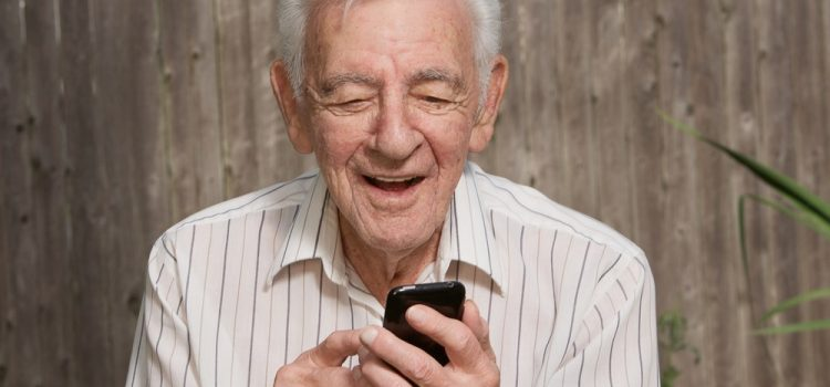 Social networks course for elderly people